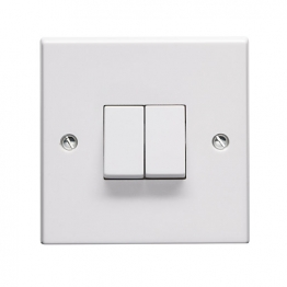 Volex White Moulded 10ax 2 Gang 2 Way Plate Switch