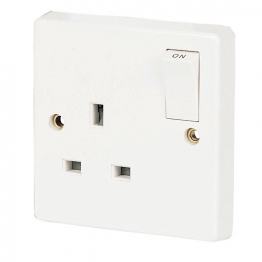 Crabtree 1 Gang Sp 13a Switched Socket 4304