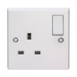 Volex White Moulded 13a 1 Gang Double Pole Switched Socket Outlet