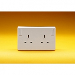 Volex White Moulded 13a 1 To 2 Gang Conversion Socket