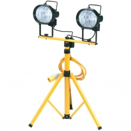 2 X 110v 400w Halogen Worklamps On Telescopic Stand